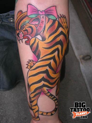 Amanda toy colour tattoo big tattoo planet for Prezzi tatuaggi amanda toy