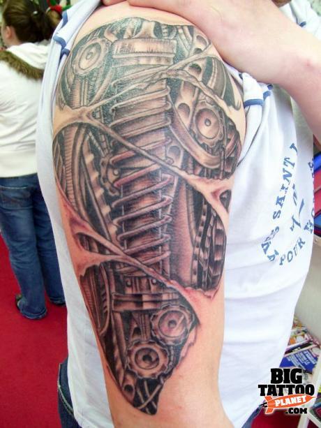 Best biomechanical tattoo artist uk