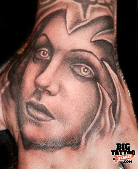 1 ... - Paul-Naylor-at-Indigo-Tattoo-UK-2